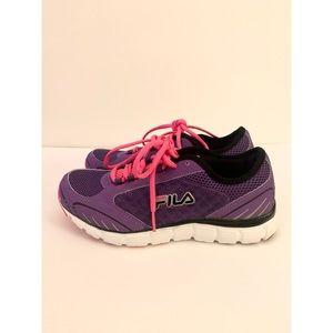 Fila sneakers size 8 women's